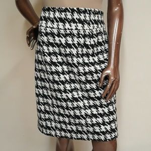 Premise Petite Wide Houndstooth Pencil Skirt